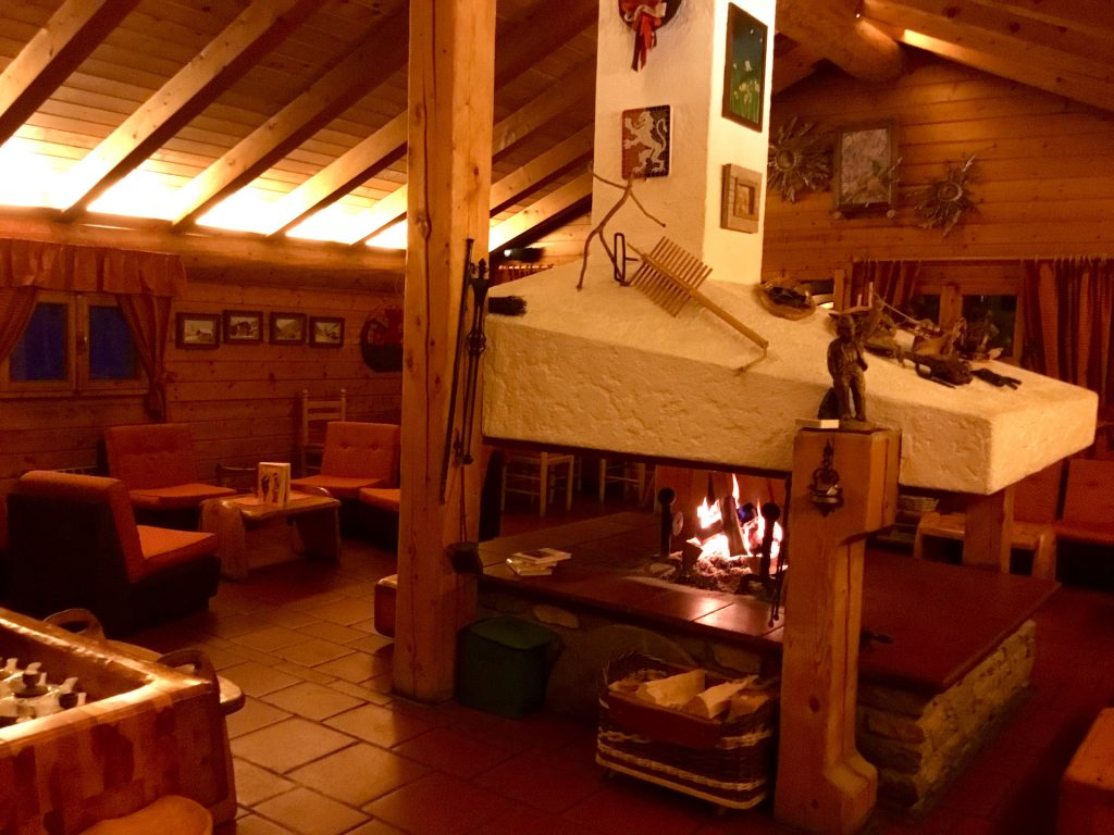 salotto culturale - il bosco dei libri - notre maison Cogne